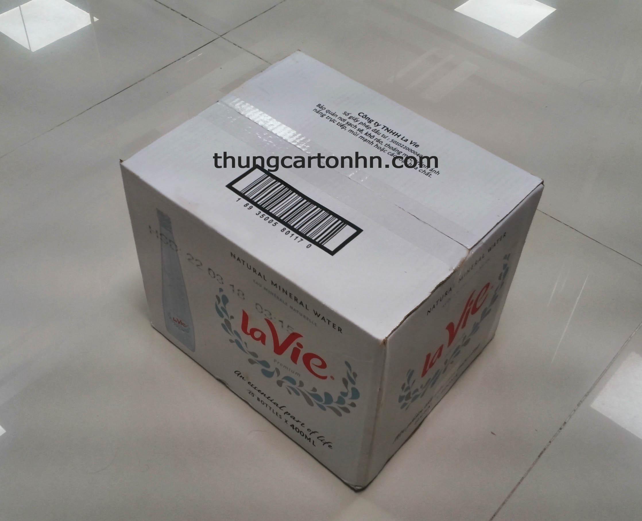 thùng carton đựng nước lavie